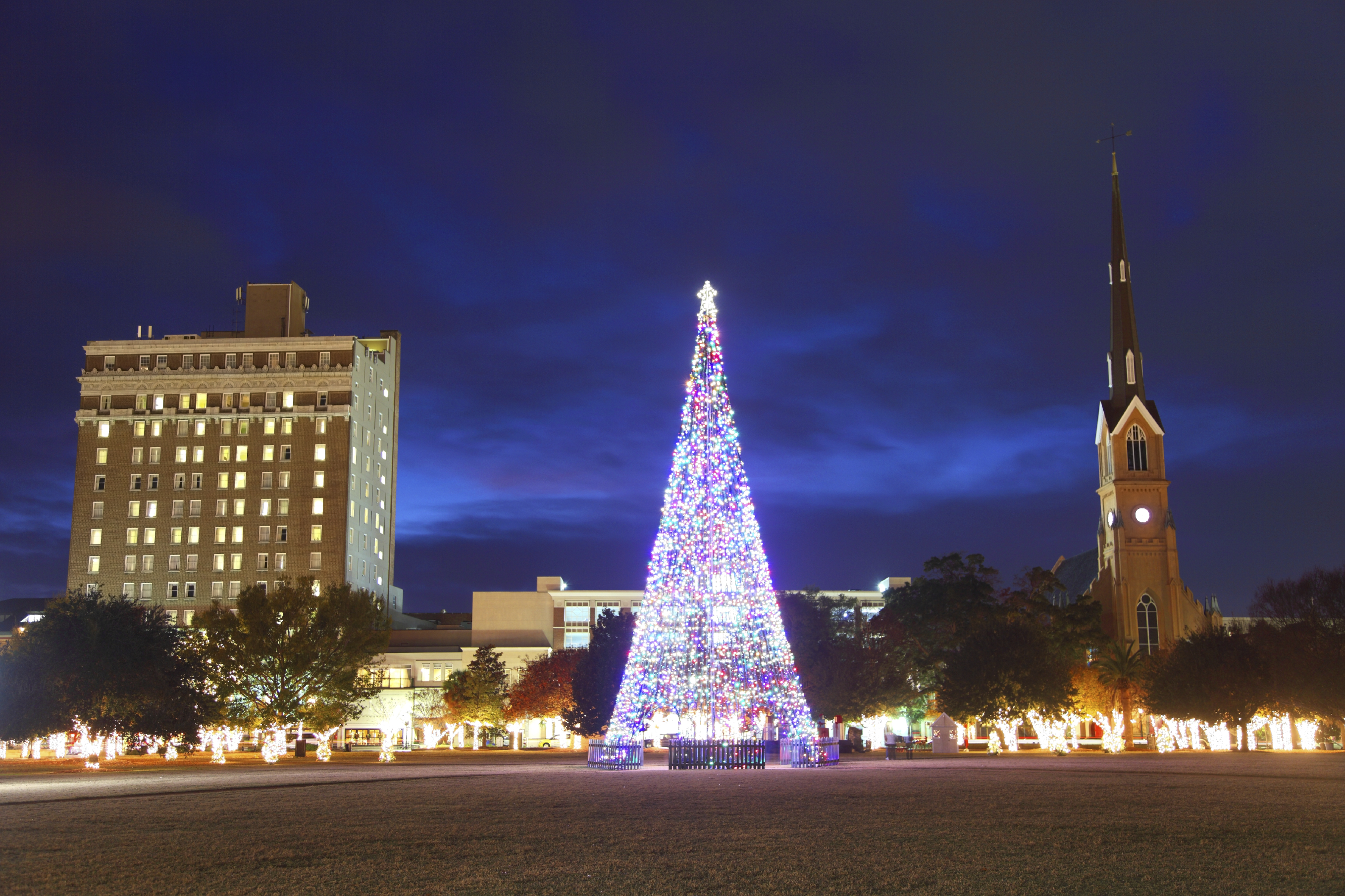 Holidays in Historic Charleston, Marion Square