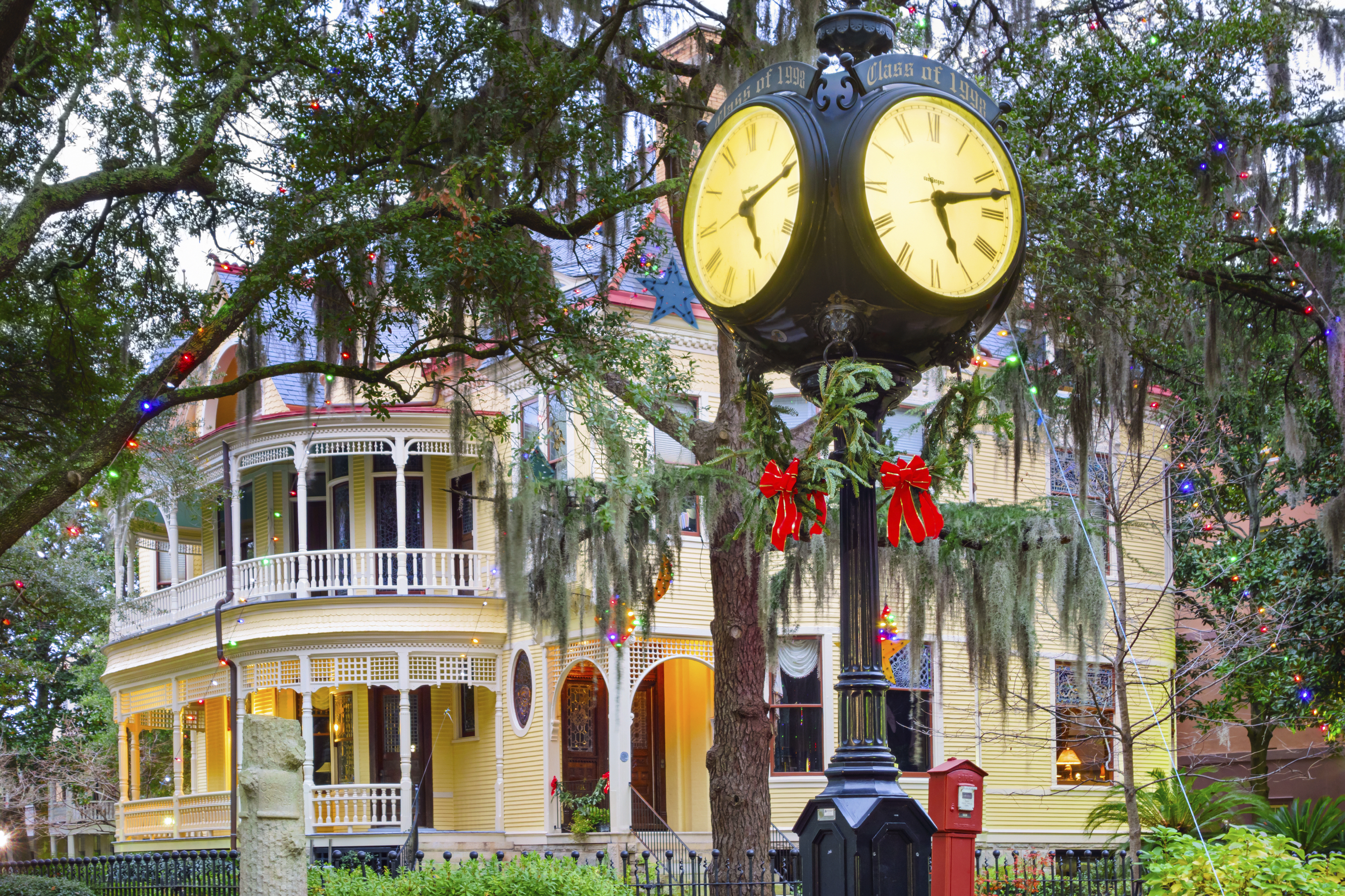 Holidays in Historic Charleston, College of Charleston